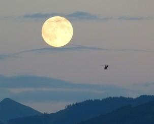 full-moon-460316_640